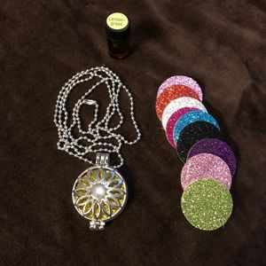 Jewelry - Diffuser necklace set